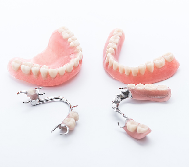 Columbia Dentures and Partial Dentures